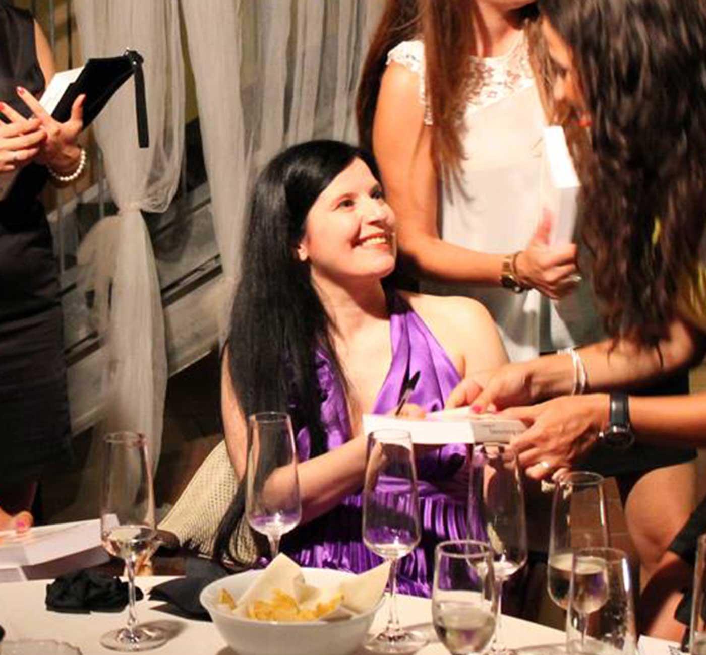 Tania Bianchi - author book signing