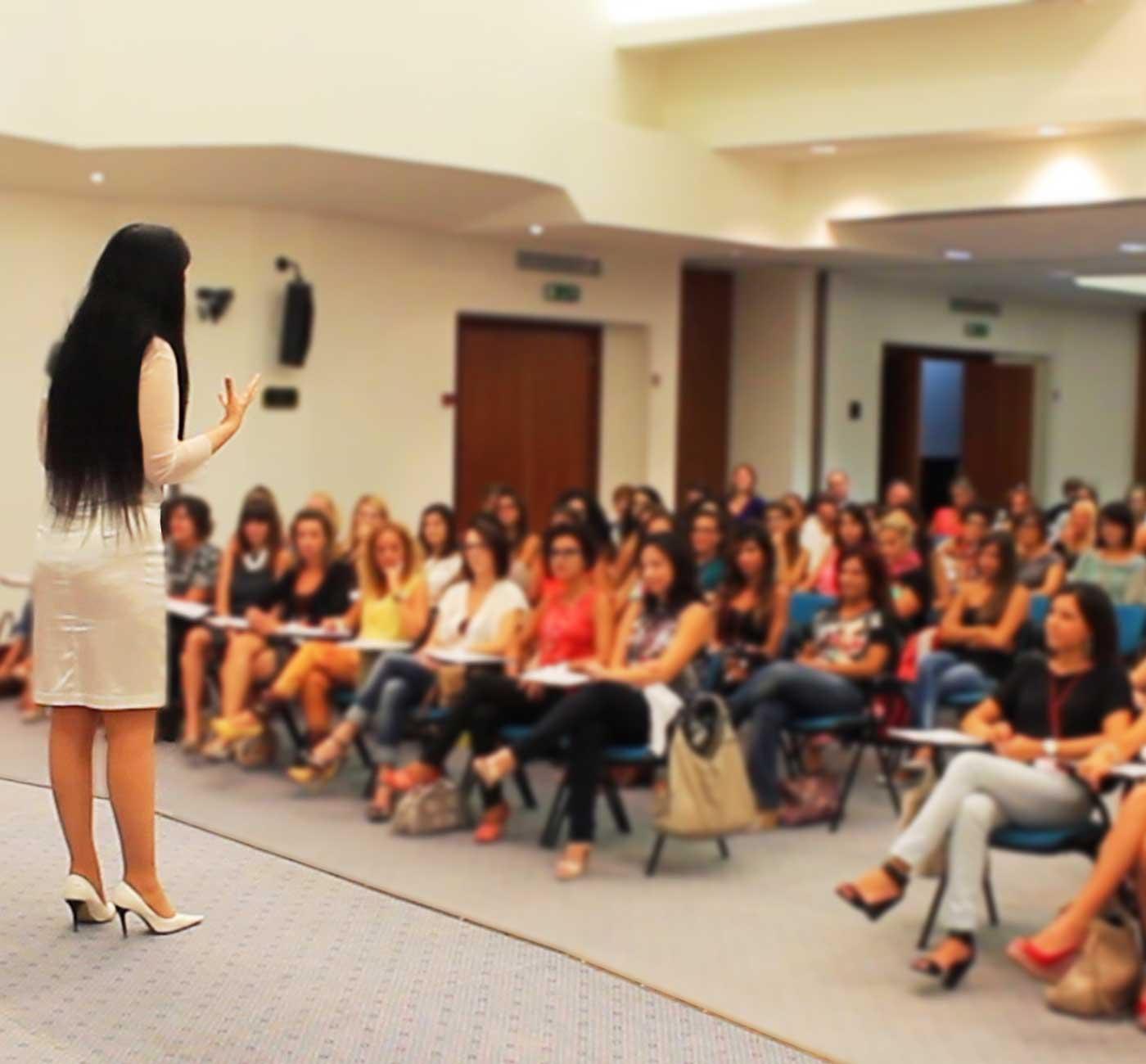Tania Bianchi corporate training - public speaking